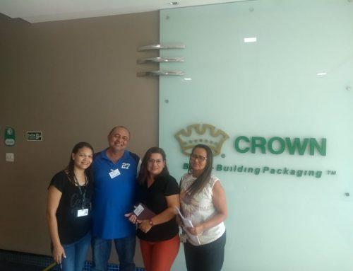 Reunião realizada na empresa CROWN